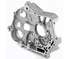 Demi carter moteur droit Central 150cc/160cc YX V3